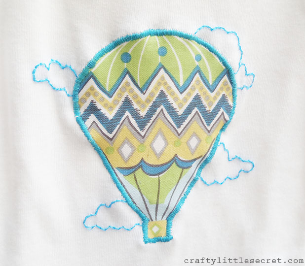 hot air balloon baby onesie detail