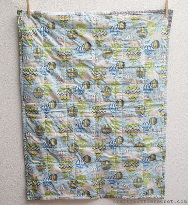 hot air balloon baby quilt back
