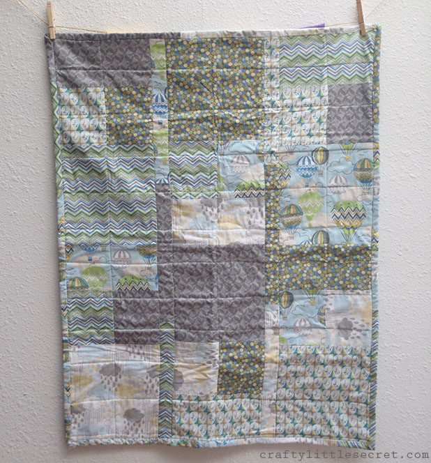 Hot air balloon baby quilt front
