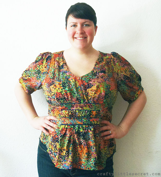 v1152 sewing pattern front