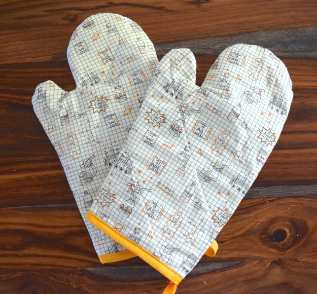 Science and Chemistry Oven Mitts by Crafty Little Secret